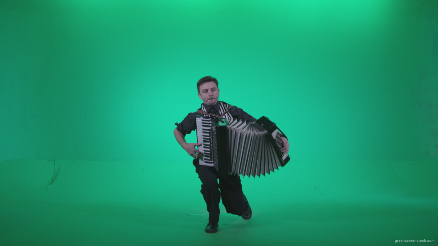 vj video background Black-Accordion-Virtuoso-performs-ba12-Green-Screen-Video-Footage_003