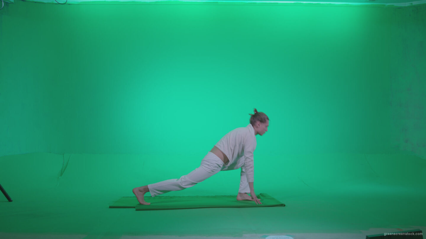 vj video background Man-practicing-yoga-shanti1_003