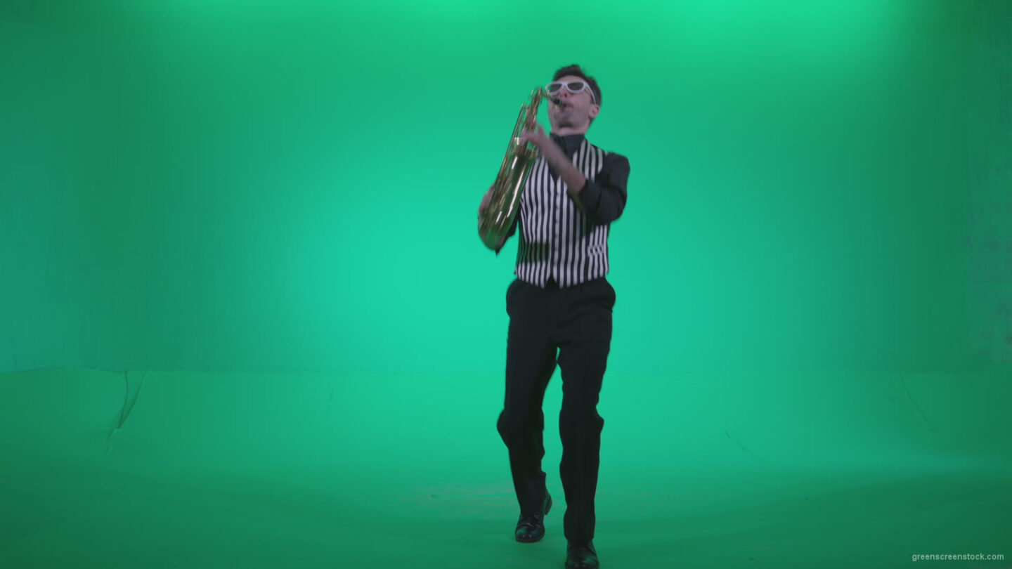 vj video background Saxophone-Virtuoso-Performer-s10-Green-Screen-Video-Footage_003