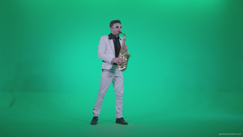 vj video background Saxophone-Virtuoso-Performer-s5-Green-Screen-Video-Footage_003