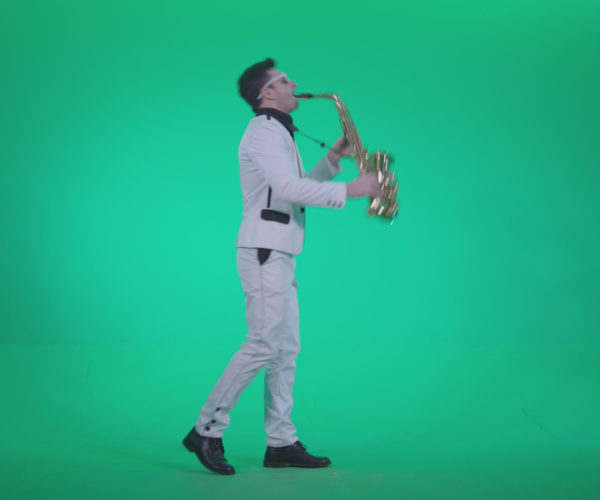 vj video background Saxophone-Virtuoso-Performer-s6-Green-Screen-Video-Footage_003