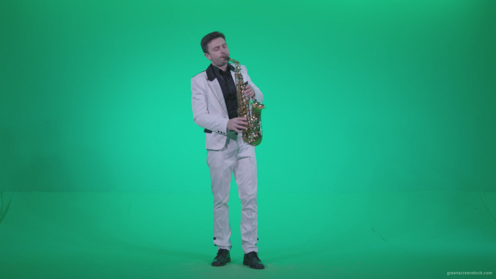 vj video background Saxophone-Virtuoso-Performer-s8-Green-Screen-Video-Footage_003