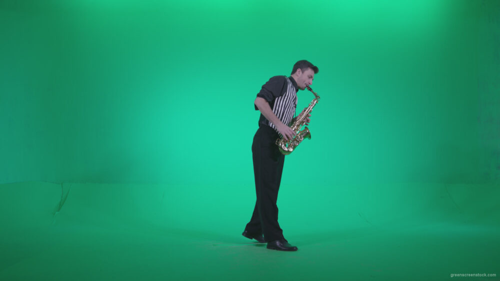 vj video background Saxophone-Virtuoso-Performer-s9-Green-Screen-Video-Footage_003