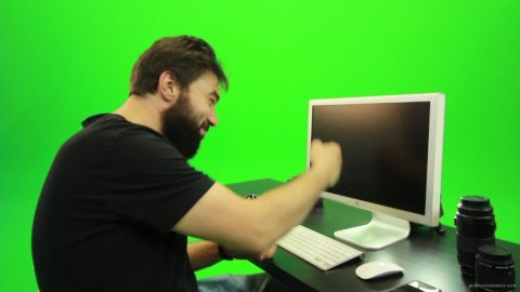 vj video background Beard-Man-Beats-the-Screen-Green-Screen-Footage_003