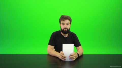 vj video background Beard-Man-Gives-1-Point-2-Green-Screen-Footage_003