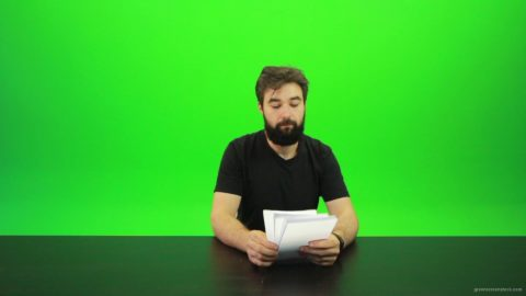 vj video background Beard-Man-Gives-2-Points-Green-Screen-Footage_003