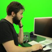 Beard-Man-Pushes-the-Button-Green-Screen-Footage-2_002 Green Screen Stock