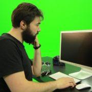 Beard-Man-Pushes-the-Button-Green-Screen-Footage-2_004 Green Screen Stock
