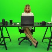 Business-Woman-Working-in-the-Office-2-Green-Screen-Footage_006 Green Screen Stock