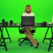 Business-Woman-Working-in-the-Office-2-Green-Screen-Footage_009 Green Screen Stock