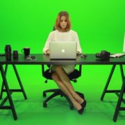 Business-Woman-Working-in-the-Office-Green-Screen-Footage_006 Green Screen Stock