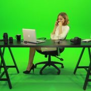 Happy-Business-Woman-Talking-on-the-Phone-Green-Screen-Footage_006 Green Screen Stock