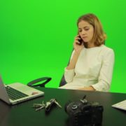 Laughing-Business-Woman-is-Talking-on-the-Phone-Green-Screen-Footage_001 Green Screen Stock