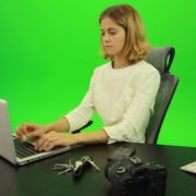 Serious-Business-Woman-Working-on-the-Computer-Green-Screen-Footage_002 Green Screen Stock
