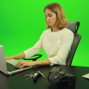 Serious-Business-Woman-Working-on-the-Computer-Green-Screen-Footage_005 Green Screen Stock