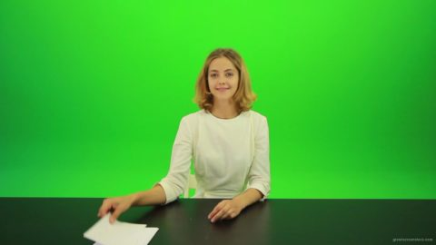 vj video background Woman-Gives-5-Points-Green-Screen-Footage_003