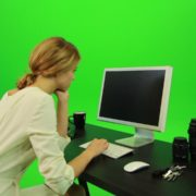 Woman-Working-on-the-Computer-2-Green-Screen-Footage_002 Green Screen Stock