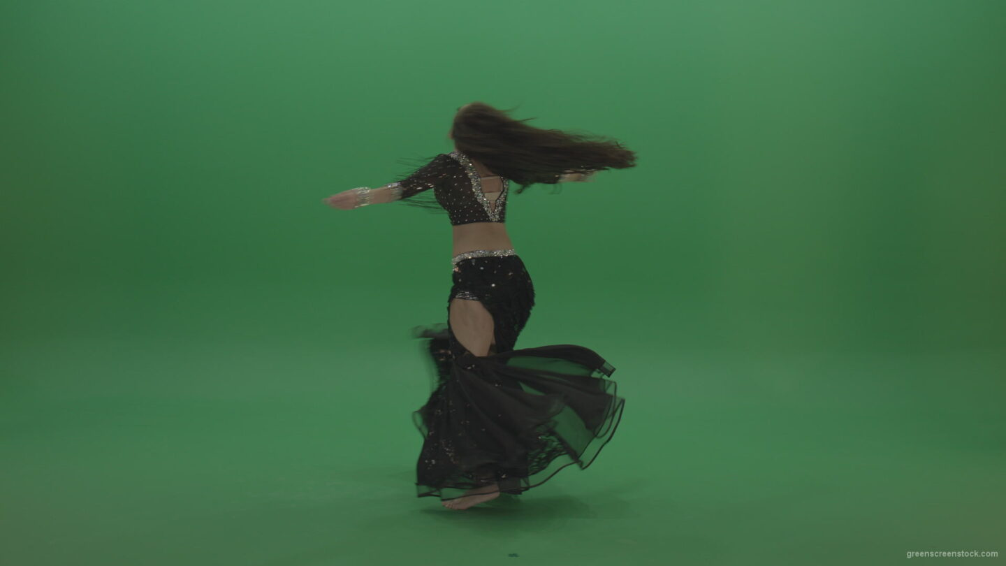 vj video background Appealing-belly-dancer-in-black-wear-display-amazing-dance-moves-over-chromakey-background_003