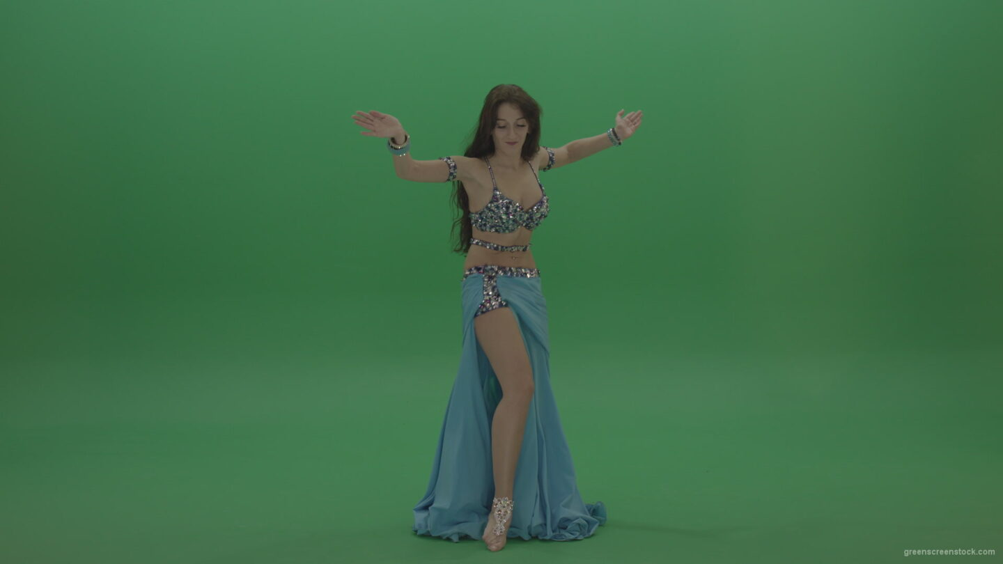 vj video background Awesome-belly-dancer-in-blue-wear-display-amazing-dance-moves-over-chromakey-background_003