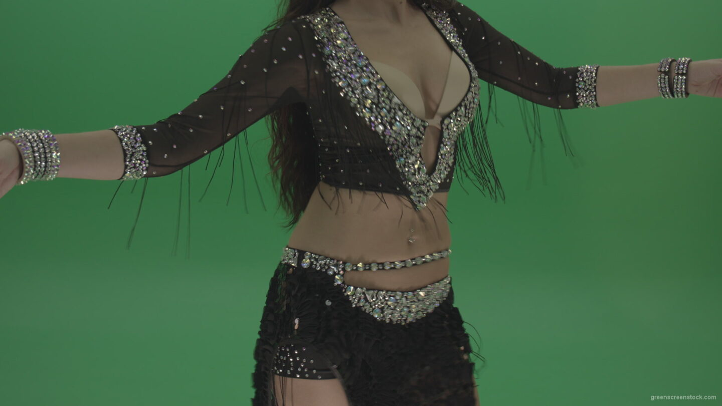 vj video background Stunning-belly-dancer-in-black-wear-display-amazing-dance-moves-over-chromakey-background_003