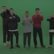 vj video background Break-dance-team-applaud-and-cheer-over-chromakey-background_003