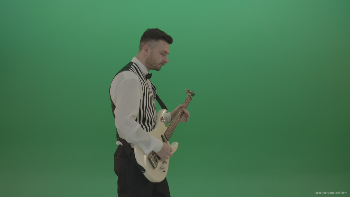 vj video background Wedding-guitarist-player-with-guitar-play-pop-rock-music-on-green-screen_003