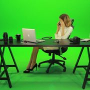 Angry-Business-Woman-Talking-on-the-Phone-Green-Screen-Footage_005 Green Screen Stock