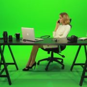 Angry-Business-Woman-Talking-on-the-Phone-Green-Screen-Footage_008 Green Screen Stock