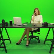 Angry-Business-Woman-Talking-on-the-Phone-Green-Screen-Footage_009 Green Screen Stock