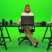 Business-Woman-Working-in-the-Office-2-Green-Screen-Footage_004 Green Screen Stock