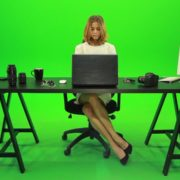 Business-Woman-Working-in-the-Office-2-Green-Screen-Footage_007 Green Screen Stock