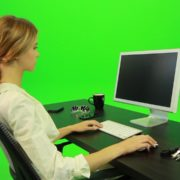 Woman-Working-on-the-Computer-4-Green-Screen-Footage_004 Green Screen Stock
