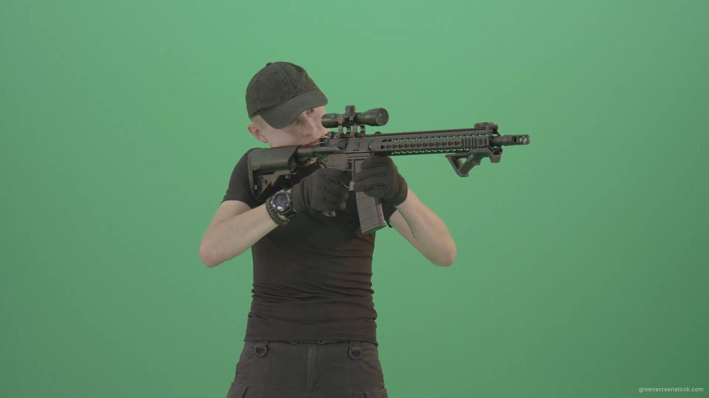 vj video background Amatory-man-with-gun-shooting-in-green-screen-studio-1920_003