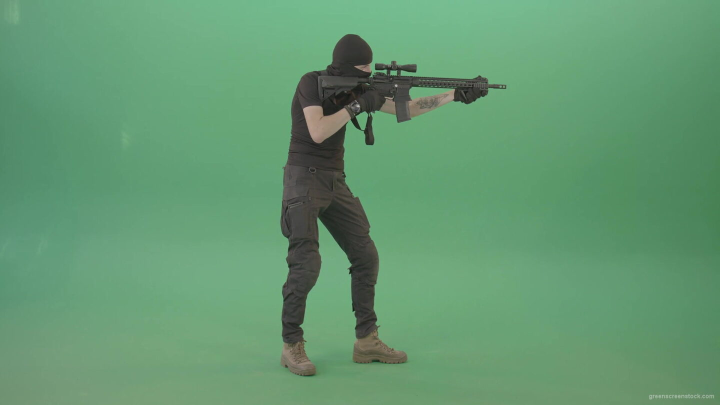 vj video background Army-soldier-shooting-with-gun-on-green-screen-4K-Video-Clip-1920_003