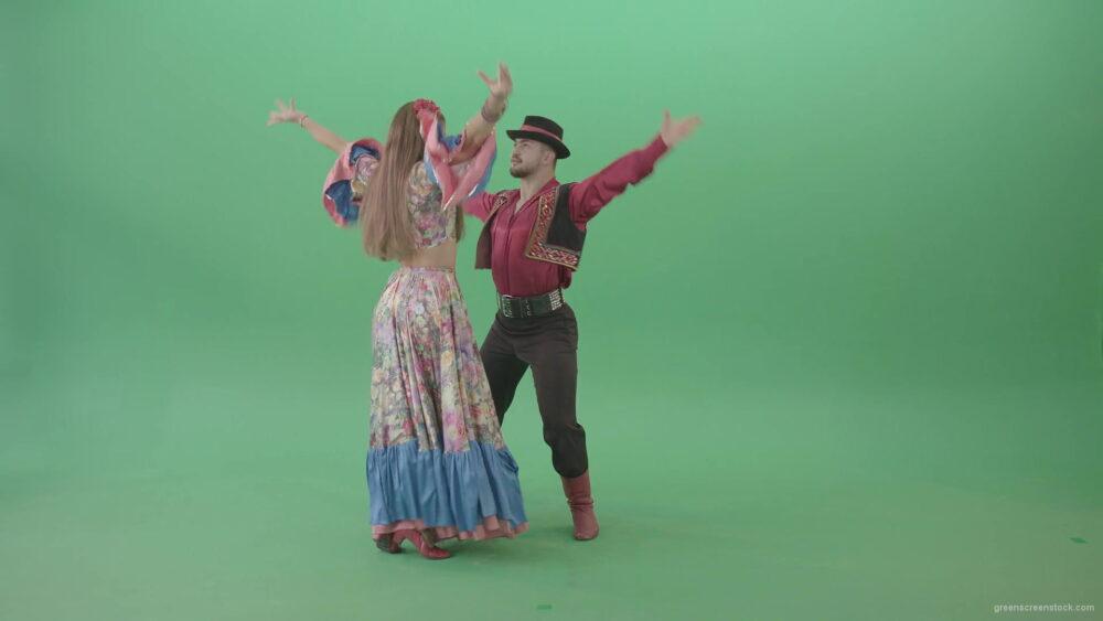 Love-Story-dance-by-gypsian-folk-people-in-balkan-dress-isolated-on-green-screen-4K-video-footage-1920_004 Green Screen Stock