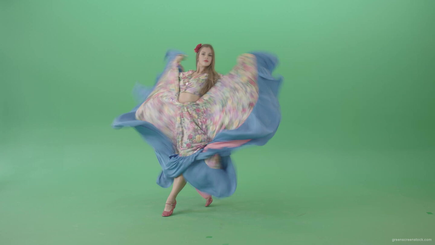 vj video background Roma-gipsy-woman-dancing-in-colorful-costume-isolated-on-Green-Screen-4K-Video-Footage-1920_003