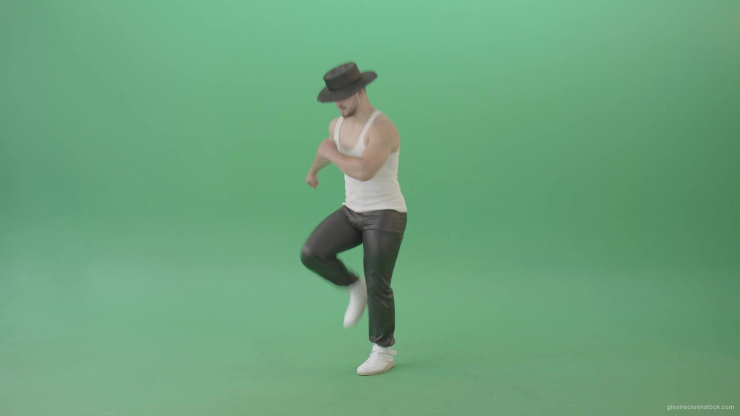 vj video background Sport-Man-in-black-hat-dancing-and-marching-fast-isolated-over-Green-Screen-4K-Video-Footage-1920_003