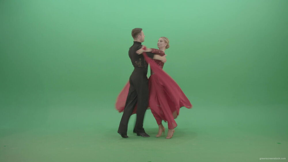 vj video background Beautiful-Pair-dancing-ballroom-dance-with-grand-opening-on-green-screen-4K-Video-Footage-1920_003