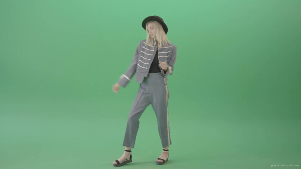 vj video background Blonde-Girl-in-Royal-dress-and-black-hat-dancing-house-and-chilling-in-green-screen-studio-4K-Video-Footage-1920_003