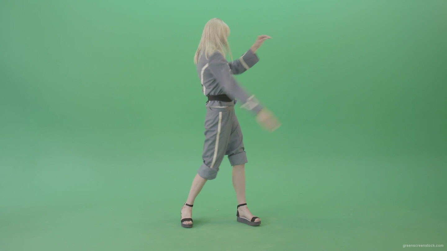 vj video background Blondie-in-Techno-royal-costume-dancing-house-in-black-covid19-mask-on-green-screen-4K-Video-Footage-1920_003