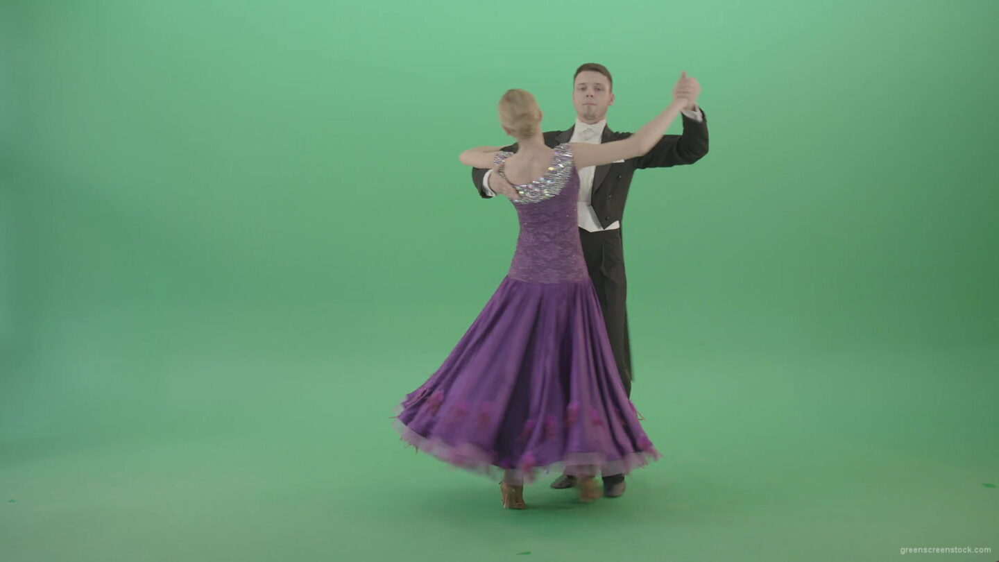 Man-and-Woman-dancing-Vienna-Waltz-Valse-on-green-screen-4K-Video-Footage-1920_009 Green Screen Stock