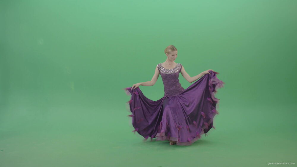 Royal-princess-girl-makes-reverence-and-spinning-in-violet-dress-on-green-screen-4K-Video-Footage-1920_008 Green Screen Stock