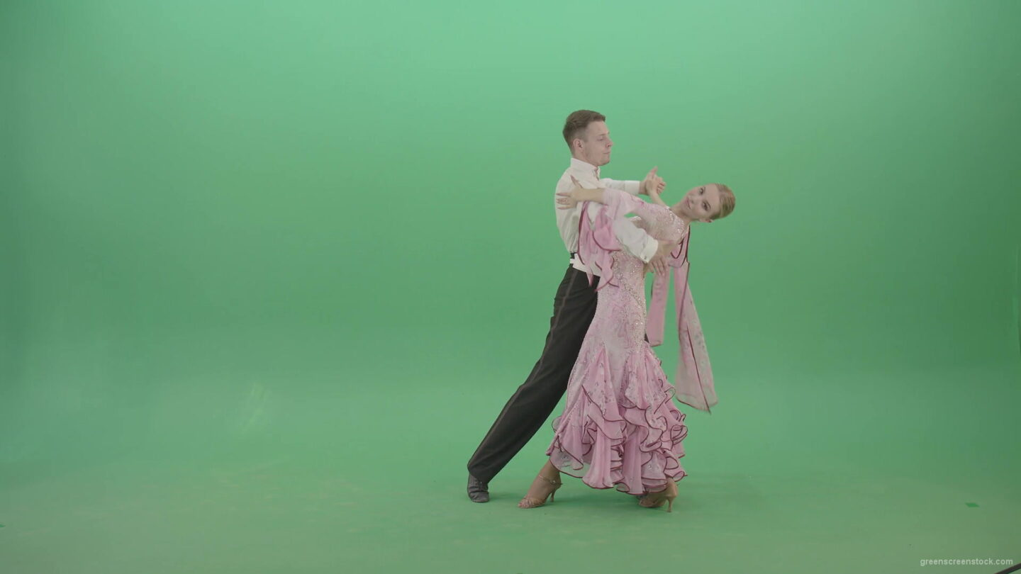 Wedding-Lovely-couple-spinning-in-green-screen-studio-dancing-ballroom-valse-4K-Video-Footage-1920_009 Green Screen Stock